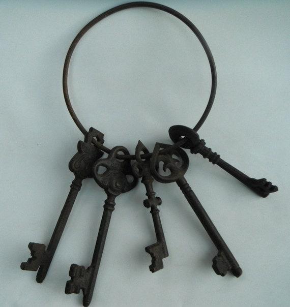 Iron Gothic Aztec Vintage Oversized Keys on Ring