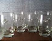 White Floral Glass Set