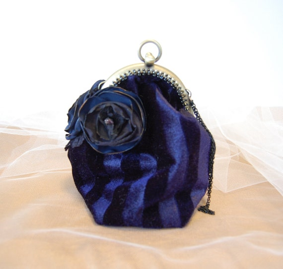 Dark Blue Velvet mini evening purse with hinged opening and hand beading