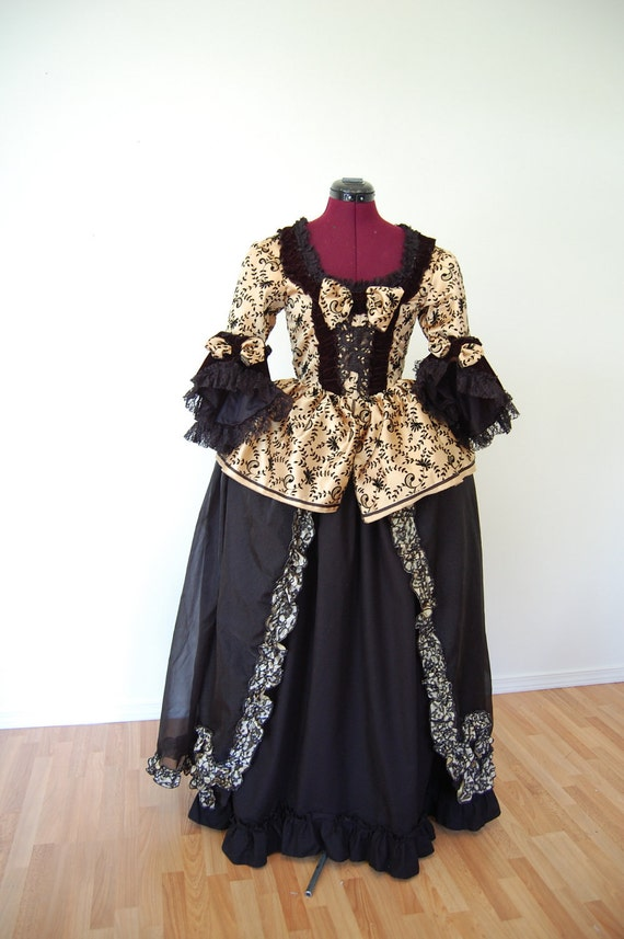Stunning yellow and black Marie Antoinette rococo Victorian inspired dress fits waist 26 to 28 inches comes with hips