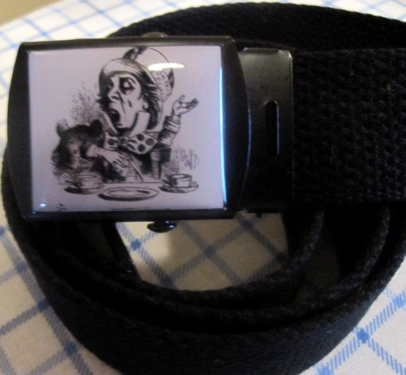 Alice In Wonderland The Mad Hatter Adjustable Size Belt and Buckle