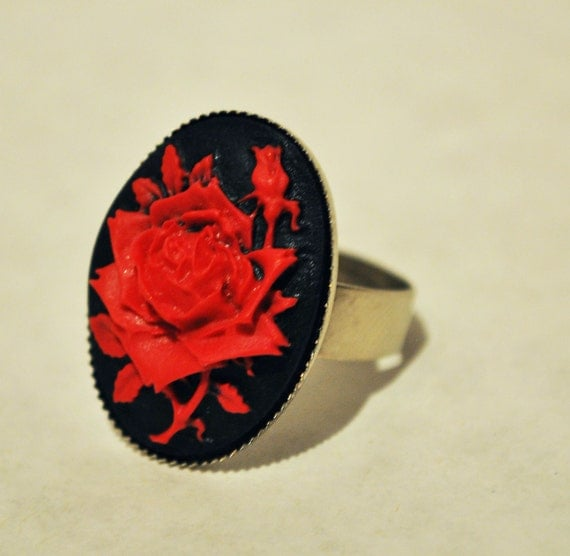 Resin Black and Red Rose Cameo Ring - Adjustable