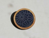 Circle brooch - Timber and Fabric - Navy Japanese floral