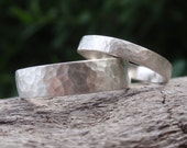 hammered wedding band set of 2 matching wedding rings for men and women - sterling silver - 5mm & 3mm