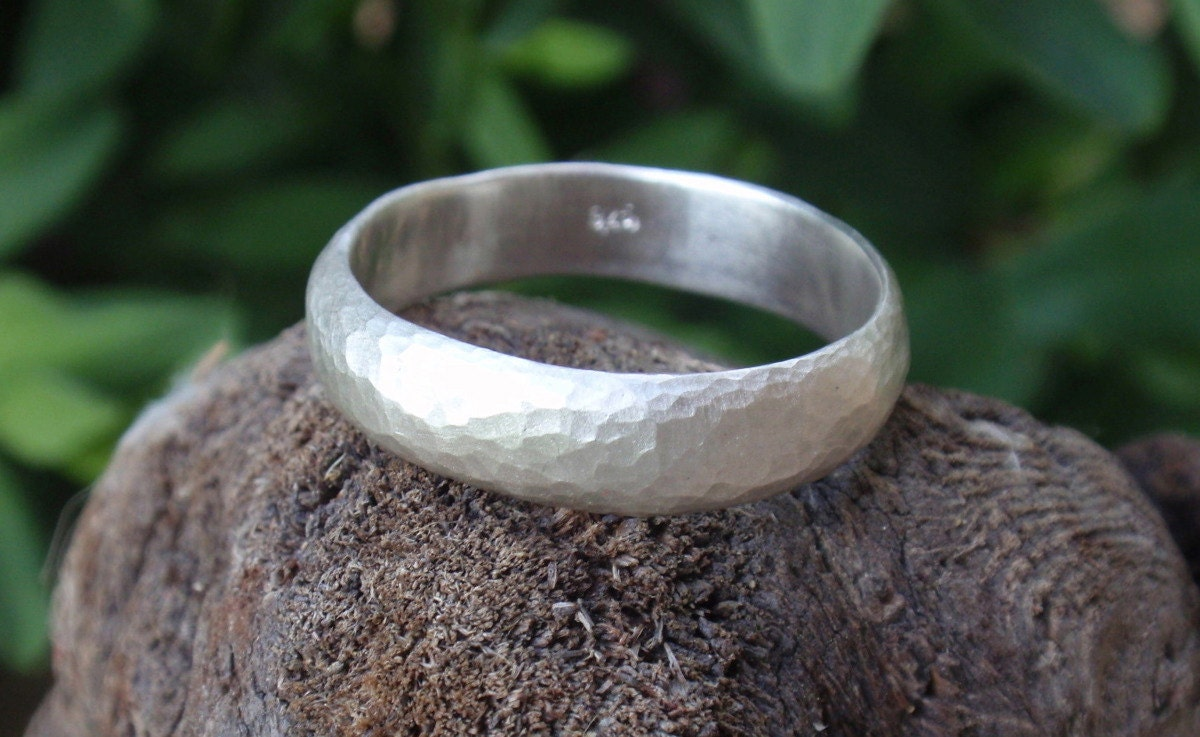 Mens Hammered Wedding Ring Man Band 5mm Wide