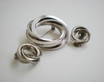 Vintage Modern Circles Brooch and Earrings