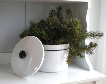 Vintage Black and White Enamel Pots