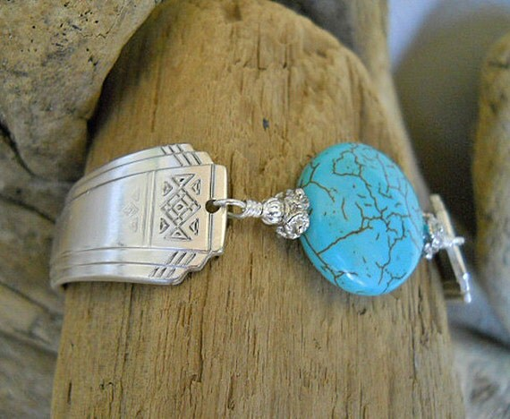 Skyline Silver Plated Spoon Bracelet with Turquoise  Stone Bead