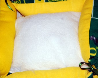 Orgeon Duck Dog Bed with waterproof PVC bottom