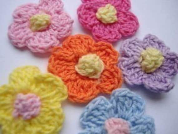 LAST SET of 16 crochet flower appliques embellishments EM-60