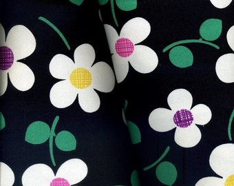 Sale -- Dancing Twist Flowers Black- Cotton-EK-QS33103C