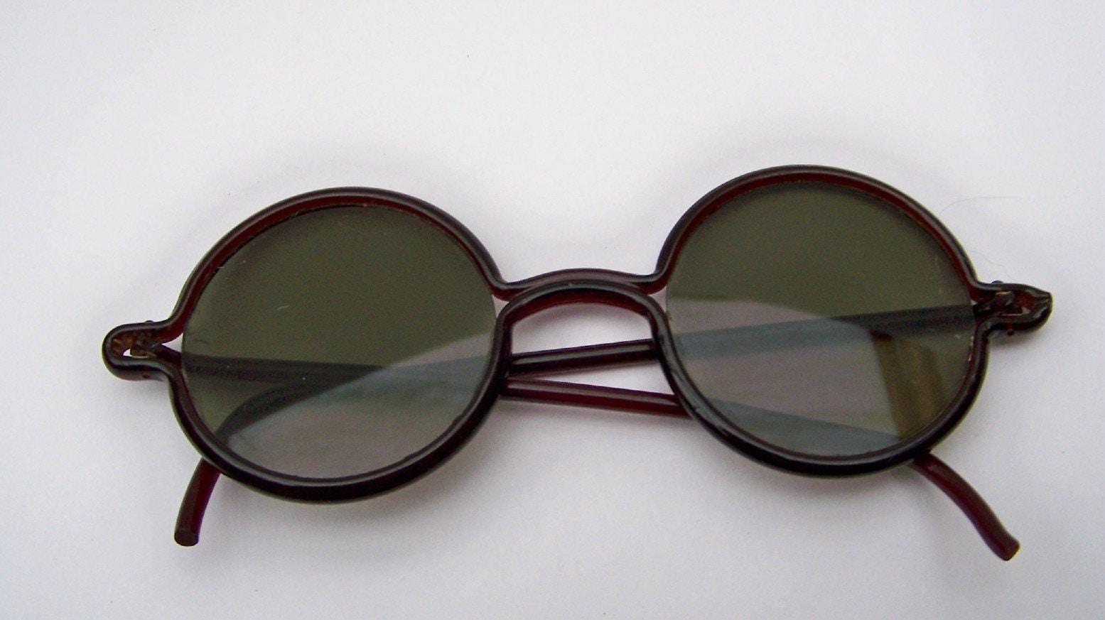 1920s sunglasses