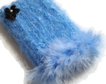 Wintry Sky Blue iPhone, Android, Nexus 5 Smartphone Cozy Hand Knit Handmade Faux Fur Top Case Holder Sleeve Cosy Light Cloud