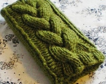 All Colors Braided Cable Knit iPhone, Droid Cozy Case in Green Olive iPod Touch Android Smartphone Cozy, Case Holder Button Sleeve Cabled