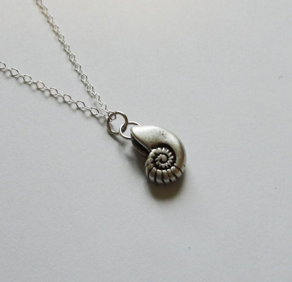 Small Nautilus Necklace