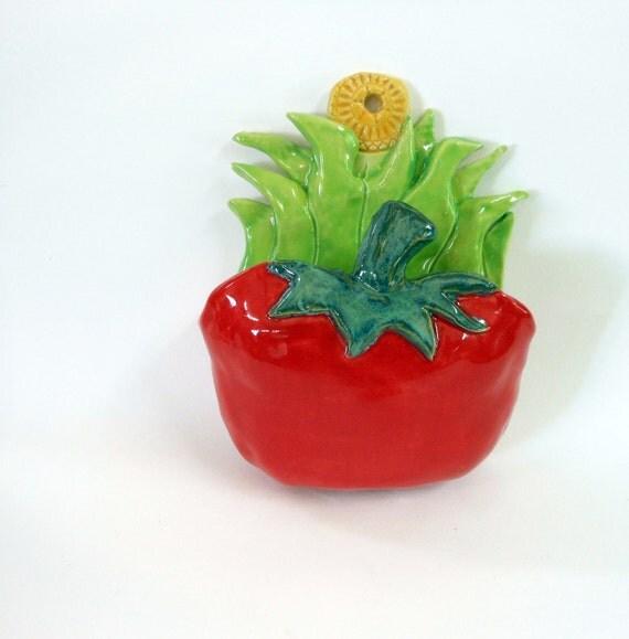 Tomato Wall Pocket Porcelain