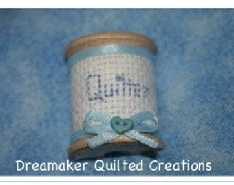Spool Its Quilter Ice Box Magnet
