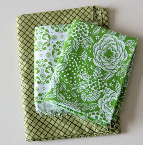 3 piece Green Scrap Pack Fabric Destash
