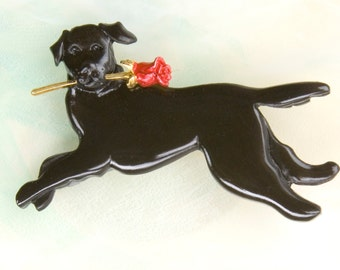 B404 Black Lab Dog Pewter Pin  /  Pendant with a Red Rose