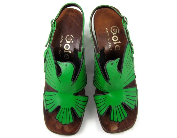 RESERVED - Firebird Feet - Vintage 1970s Green Leather Bird Sandals Made in Italy by Golo, Size 5.5 - 6