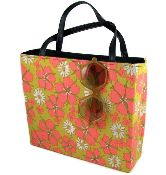 Beach Buddy - Vintage 60s Bright Flower Power Tote Bag or Purse, Hot Pink and Mustard Yellow, Also Great for Farmer's Market