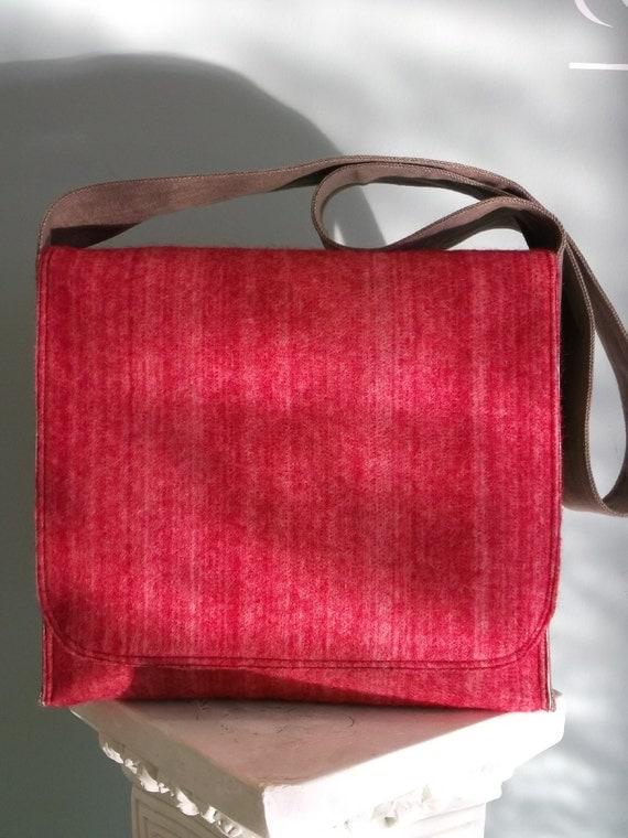 Gorgeous Red Heather Felt Messenger Bag