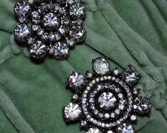 VINTAGE RHINESTONE BLING two ornate brooches