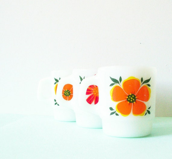 Milkglass Coffee Mugs with Bright Floral Print