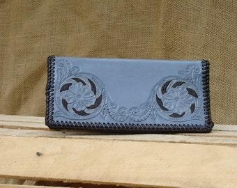 PAT GARRETT Bi-fold Handmade Leather Wallet in Gray