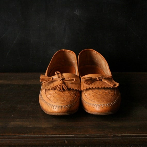Please Reserve For Ken Mens Shoes Leather Moccasin Style Tan Size 9.5 Vintage From NowVintage on Etsy