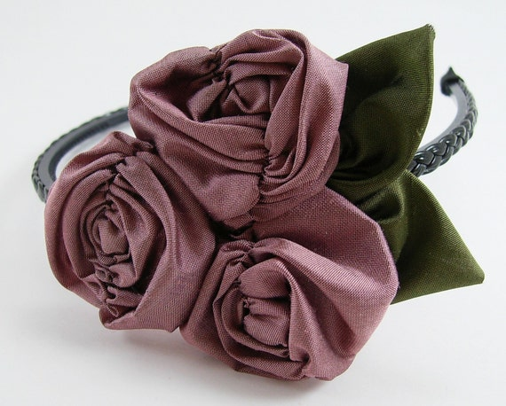 Ruched Roses Fabric Flowers Tutorial PDF ... EASY ... sewing machine optional ... Flower Pattern no. 14