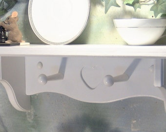 White solid wood heart two shaker peg shelf plate