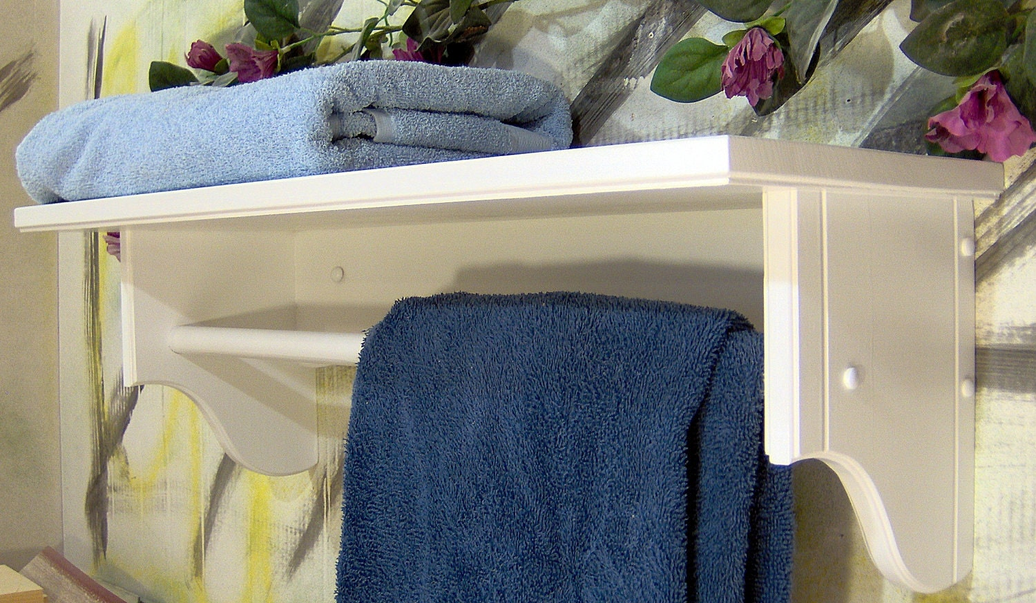 white 26 towel bar with inch shelf for towels or. Black Bedroom Furniture Sets. Home Design Ideas