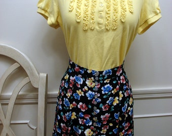 Vintage 1980's Black  Mini Skirt  with Colorful Flowers Size 4