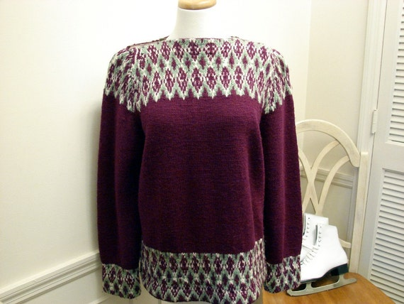 RESERVED For Laura Vintage 50s 60s Purple Hand Knit Fair Isle Design Wool Ski Sweater Size Large