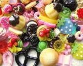 Wholesale 200 SWEETS Mix Cabochons Charms SET CC