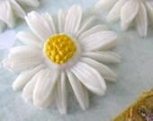 Vintage Flower Cabochon Daisy Plastic Painted Japan 25mm pcb0059 (4)