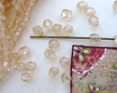 Vintage Beads. Rosaline Glass Peach Pink Faceted 4mm vgb0343 (50)