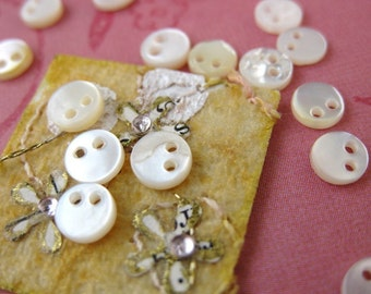 Vintage Mother of Pearl Sequins. Tiny Ivory Two Hole, 5mm mop0054 (15)