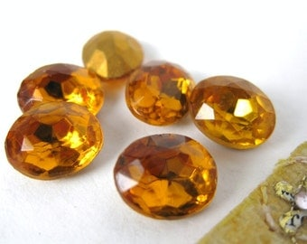 Vintage Rhinestone Glass Jewel. Topaz Oval 10x8mm Czech rhs0126 (8)