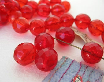 Vintage Beads. Ruby Red Glass Faceted Rounds, West Germany 11mm vgb0336 (8)