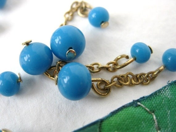 Vintage Glass Beads. Blue Two Bead Drops or Charms, Chain, Wire Loops, 3mm to 6mm vgb0179 (10)
