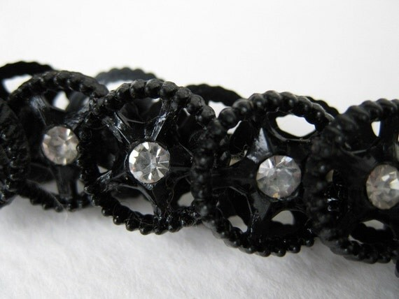 Vintage Rhinestone Buttons, Black Stars, Plastic Shank, Austria 1950s, but0086 (6)