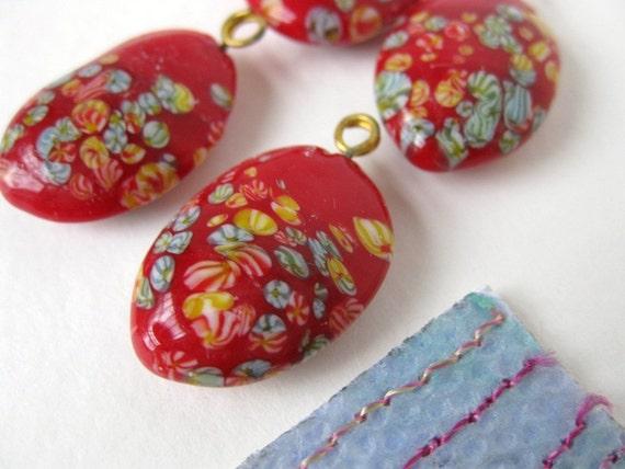 Vintage Glass Pendant Bead Drop. Red Flower Millefiore, Japan, 21x15mm vgb0261 (4)