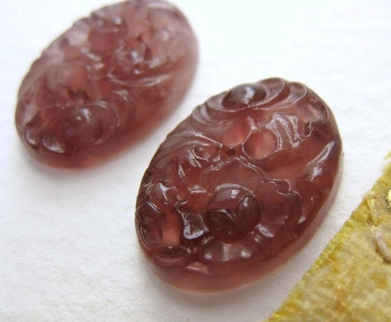 Vintage Flower Cabochon, Amethyst Glass Floral Carved 18x13mm Oval gcb0418 (4)