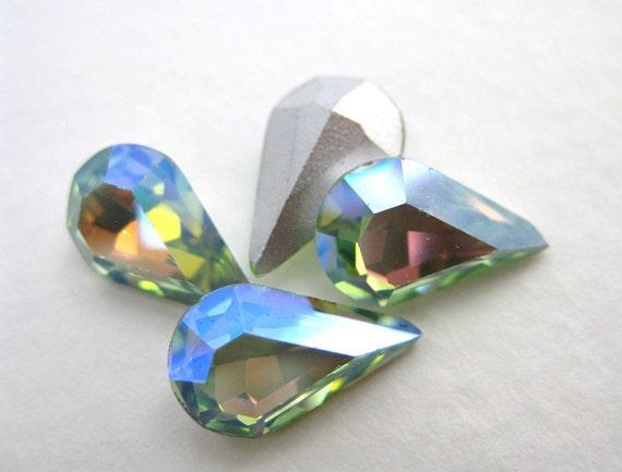 Vintage Swarovski Rhinestone Crysolite AB Pear Crystal Teardrop Jewel Peridot 13x8mm swa0118 (4)