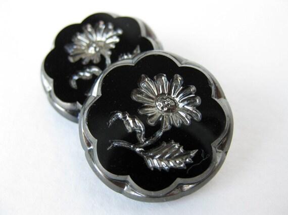 Vintage Flower Buttons Glass Silver Black Intaglio Czech 22mm but0155 (2)