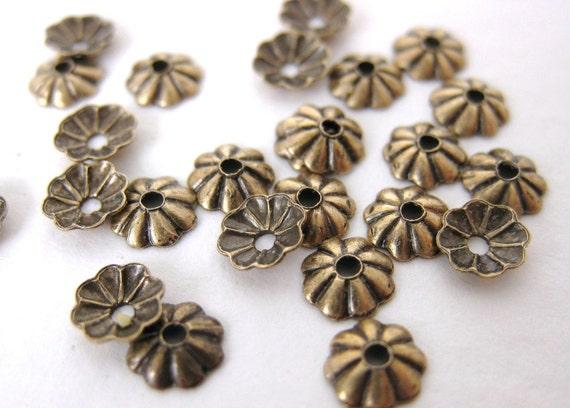 Antiqued Brass Tiny Flower Bead Cap Brass Ox Vintage Style 5mm bcp0004 (24)