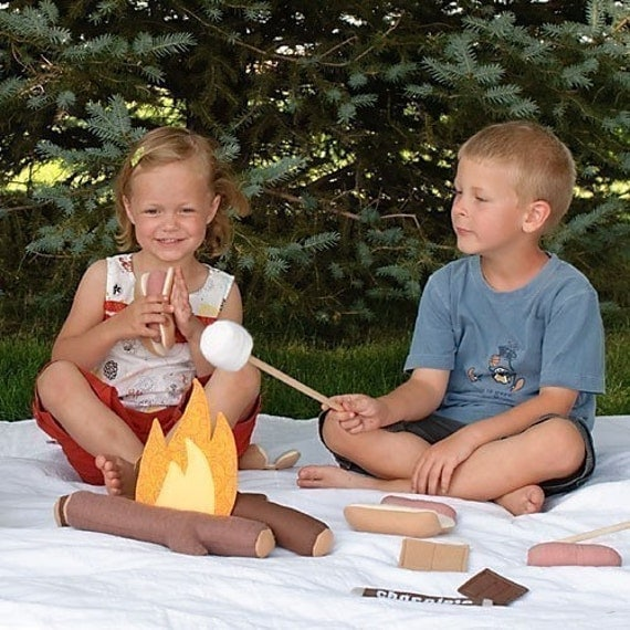 Campfire Cookout- Felt Food Play Set - immediate download of pdf sewing pattern