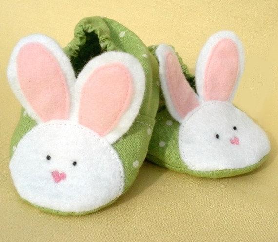 Amazon.com: rabbit slippers: Baby